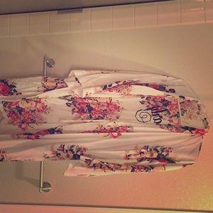 Handmade with ❤️ Carly robe